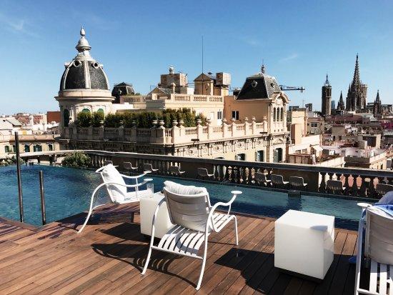 pool rooftop