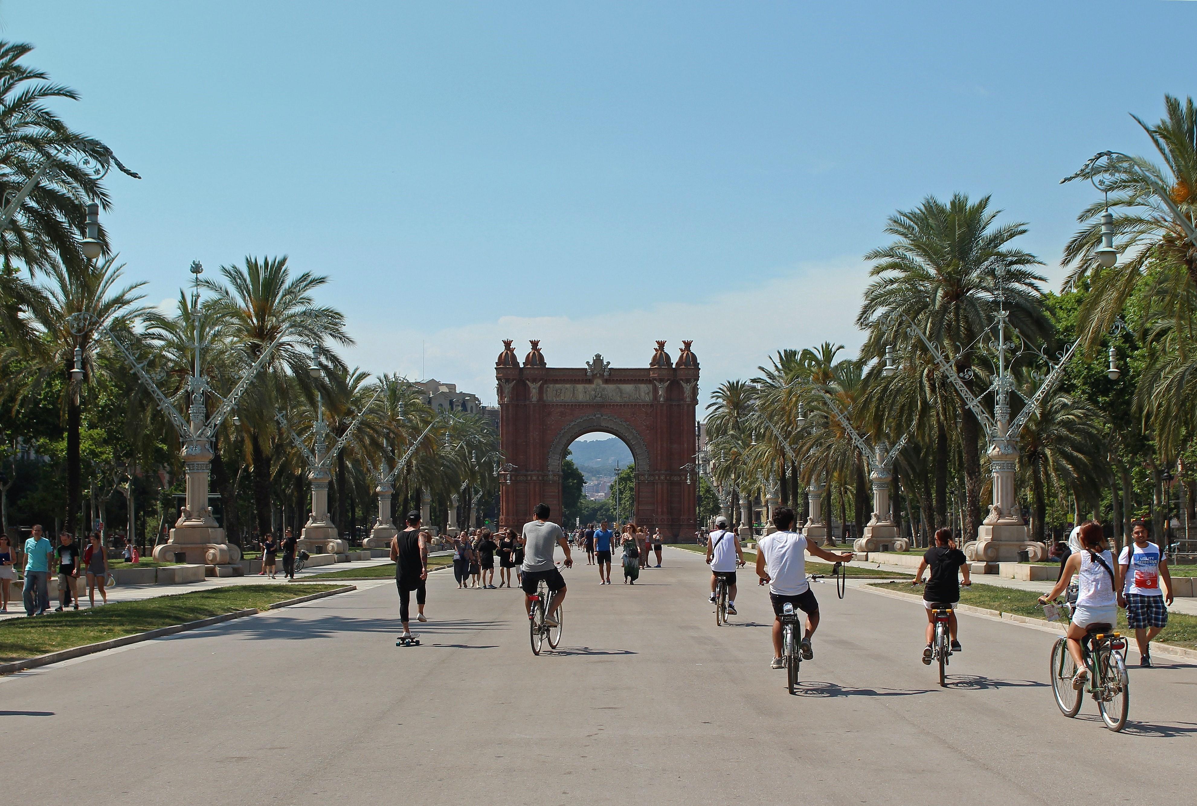 Barcelone à vélo : Arc de Triomf